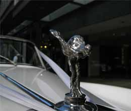rolls royce launched phantom series 2 car