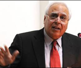kapil Sibal will convince states of Single entrance test again