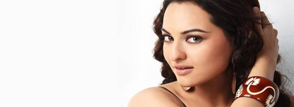 dabangg girl sonakshi says it is difficult to please all