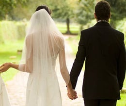 low income group avoid marriage in london