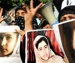 pak announces Rs 1 crore for information on Malala attackers