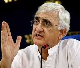 Khurshid comapare Congress with elephant and Kejriwal with ant