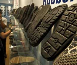 poor quality leather industry grew difficulties