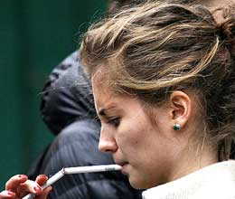 relationship between smoking and girls age