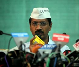 hundred crores of Ambani brothers deposit in swiss bank says Kejriwal