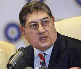 bcci does not create problems for drs says srinivasan