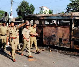 one killed by police firing in west bengal