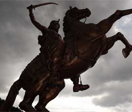 laxmi bai was the queen of jhansi fought gallantly