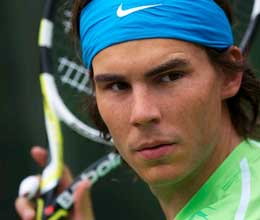 rafael nadal preparing to return
