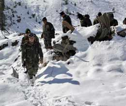 six indian soldiers dead one missing in an avalanche in siachen glacier area