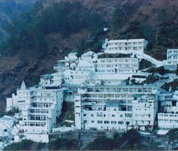 two vaishno devi pilgrims died from cold