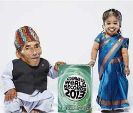 world shortest man and woman join stage in india