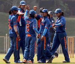 raut and goswami lead india to easy win in icc womens world cup warm up