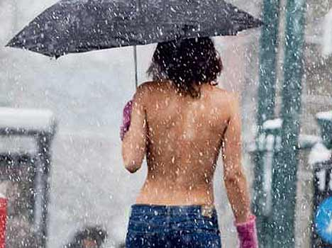 topless photoshoot in new york streets