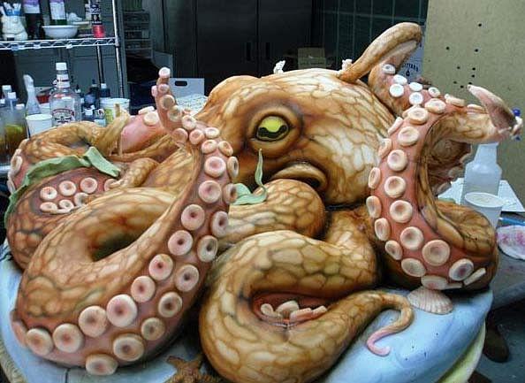 12 amazing shaped cake