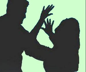 girl student sexually harassed by lecturer in bangalore fashion college