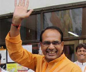 Praise for Shivaraj Singh Chouhan in 92kg and 1km-long letter