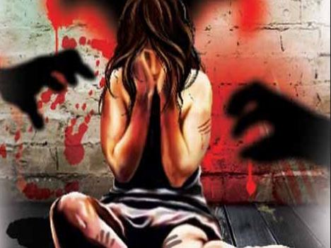 woman gangraped by 12 men after panchayat order in bengal