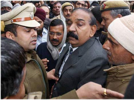 one policeman who is very important for delhi cm kejriwal