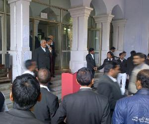 lawyers on strike in lucknow, demand judge transfer