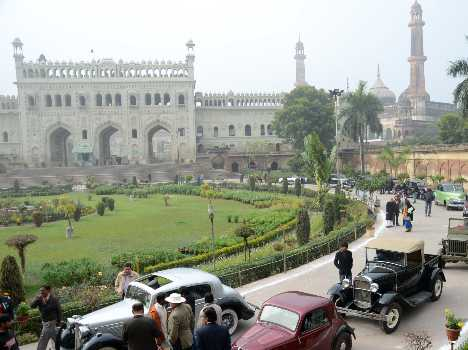 vintage car event in lucknow