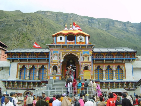temple act 1939 on badrinath temple