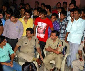 SP leader murder case: Villagers released Police Officers