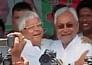 बिहार: मतदान जारी, किसका पलड़ा भारी?