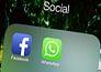 जानिए विवादास्पद मुद्दों पर क्या करता है ट्विटर और फेसबुक