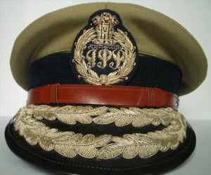 status report became a problem for delhi police