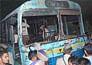 बस में 'धमाका', 10 मरे, सैकड़ों घायल
