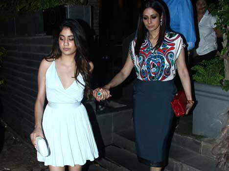 Sridevi visits Kalahasti temple to perform puja for daughter Jhanvi Kapoor