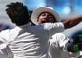 गेंदबाजों ने पाक को दिलाई ऑस्ट्रेलिया पर बड़ी बढ़त