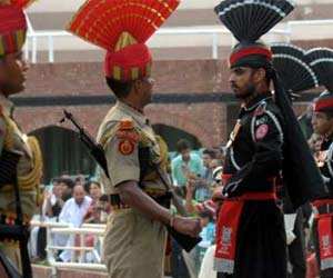casual contract between bsf and pak rangers