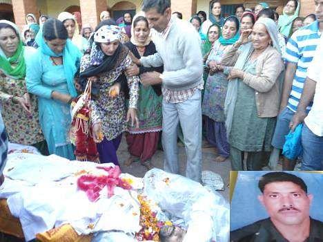 Funeral of army jawan rajesh kumar pathania who was killed in an encounter in Kupwara of Jammu.