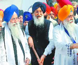 Praksh Singh Badal Announced to Struggle For 1984 Sikh Riots