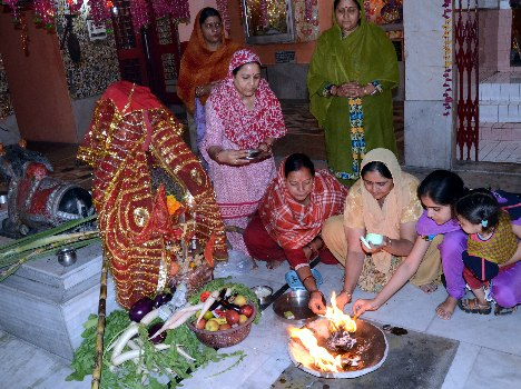 Tulsi Vivah was observed with reverence and enthusiasm