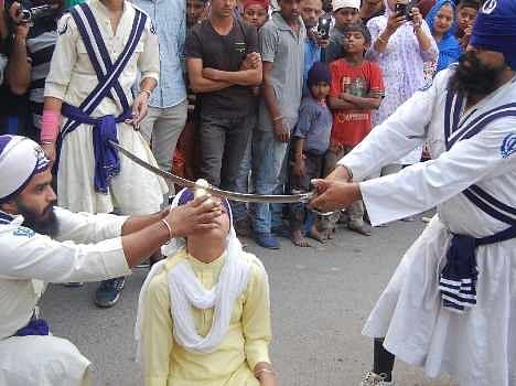 guruparv, nagar kirtan at guru nanak birthday