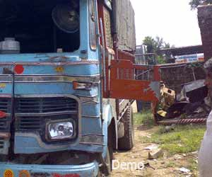 9 Smashed in Truck Accident in Etawah; 8 Died