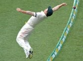 what a Great afforts by David Warner.