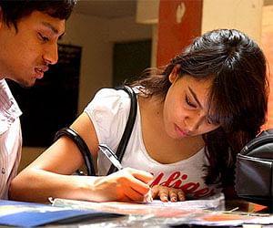 UPPSC notifies for Lower Subordinate Services Prelim Exam-2015