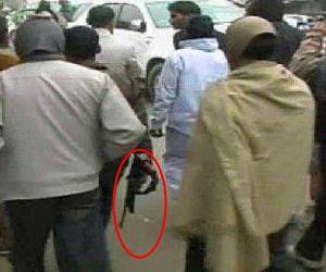 Bsp Members Break Dhara 144 Front Of Police  - माया के