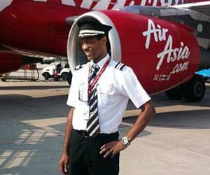 Image result for एयर एशिया का विमान पहुंचा वाराणसी