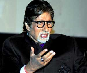 Amitabh Bachchan becameTimeless Fashion Icon
