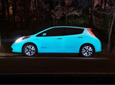 Glowing the dark Nissan Leaf looks electric