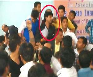 fight before kumar vishaws in gaziabad