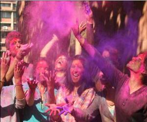 love astrology 6 march Holi