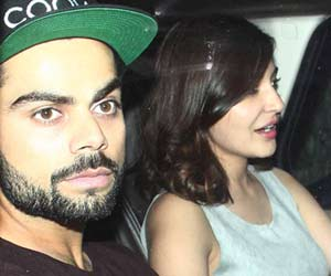 Bollywood disagree for Virat's poor show is Anushka Sharma's fault.