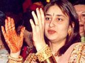 Old photos of Kareena Kapoor and Karisma