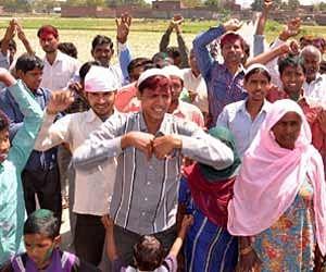 hindu muslim unity in mohanpur.